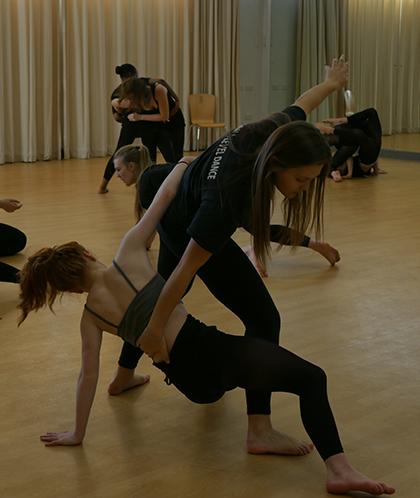 Motionhouse dance workshop