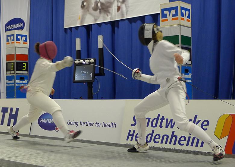 Alexandra Powell fencing
